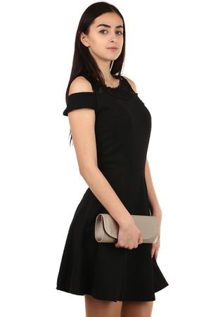 Dámské krátké černé vlněné šaty pro plnoštíhlé  96b958454c
