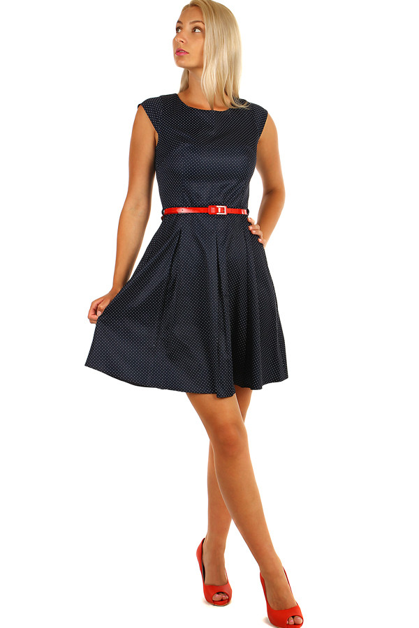 e3047a5c433 Tmavě modré retro šaty s puntíky