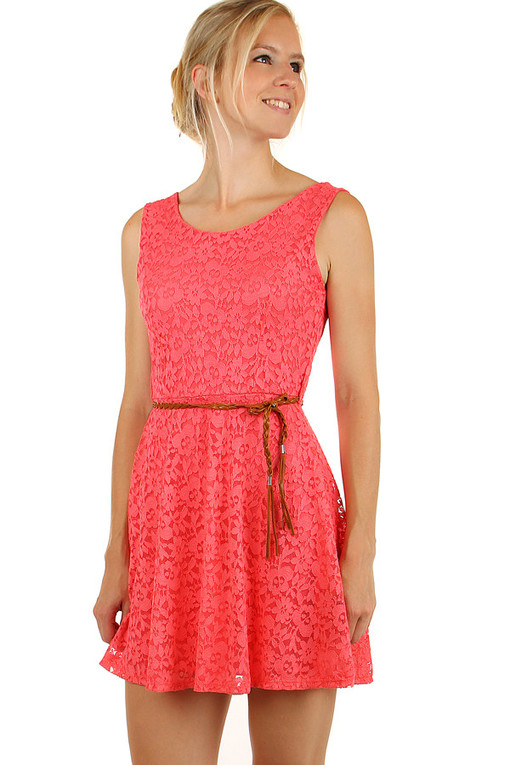 c4eeee128ff Krajkované letní šaty s páskem