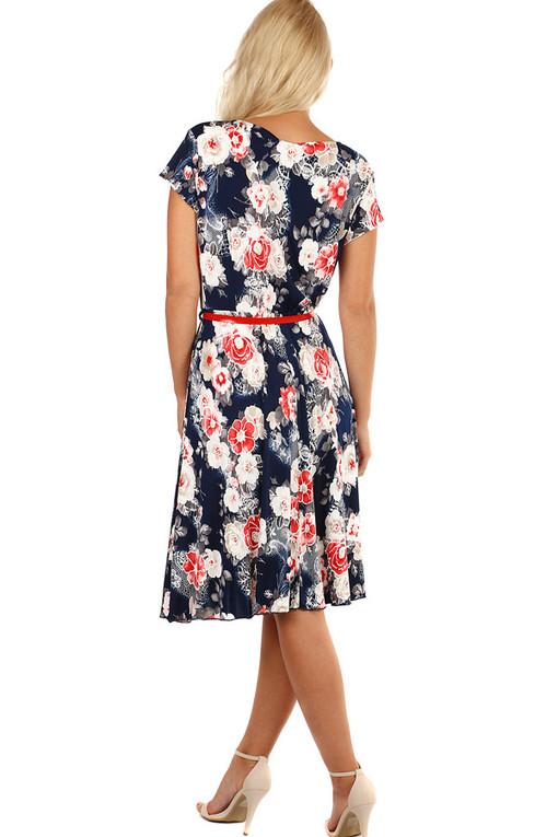 Vzorované áčkové retro šaty s páskem  d49bb48275