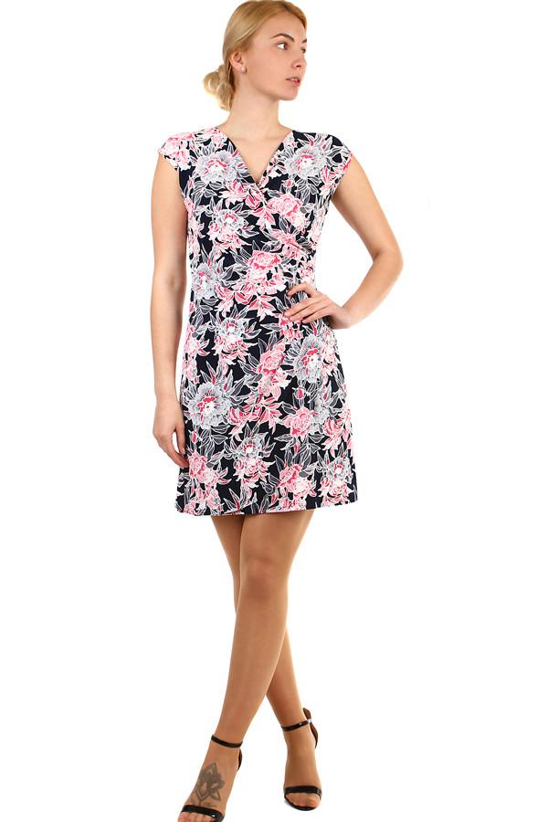 Dámské krátké zavinovací šaty s květinami nadměrné velikosti  c26904a916