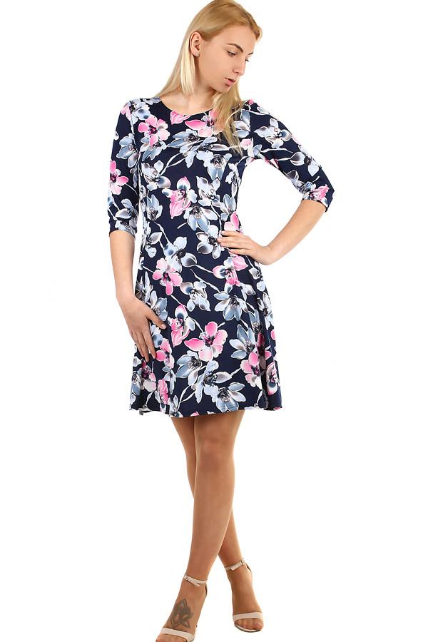 94920d78142a Dámské květované šaty s 3 4 rukávem