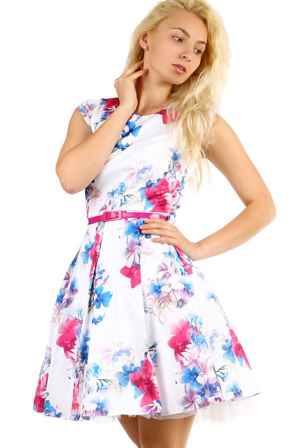 Dámské květované retro šaty áčkového střihu  3bdef30f38