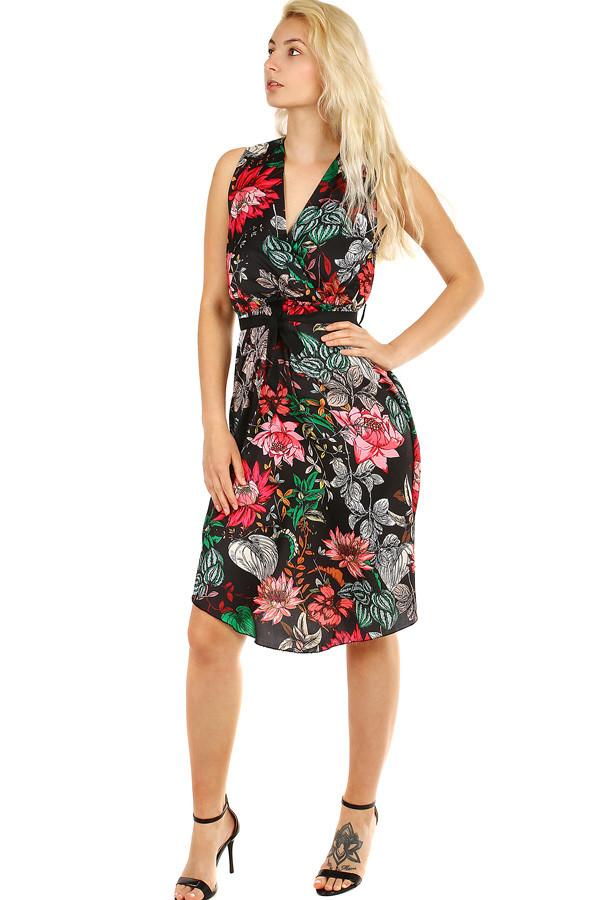 Letní dámské šaty s květinovým vzorem  b6f2e3b797