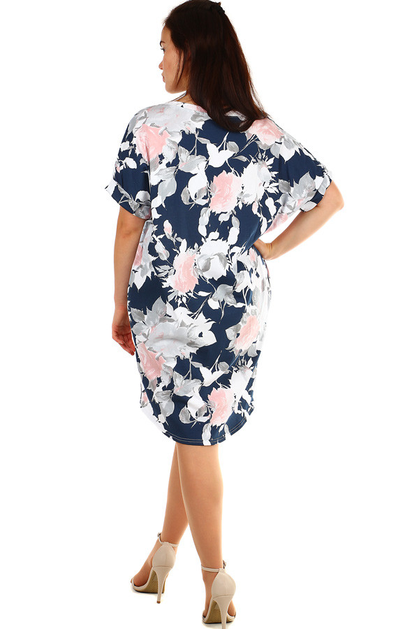 Volné květované letní šaty pro plnoštíhlé  997ec20dde
