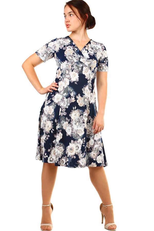 Elegantní krátké retro šaty s květinami pro plnoštíhlé  45ea554552b