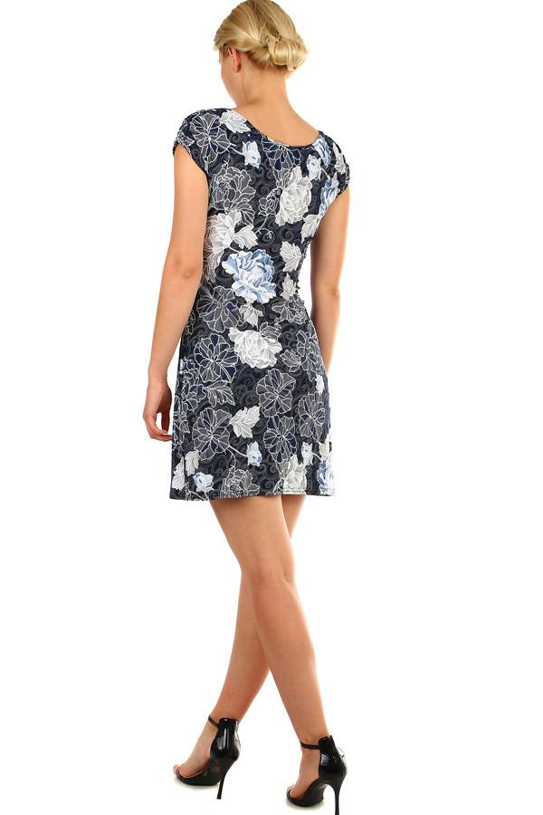 Dámské krátké květované šaty na léto  452c7e7e62