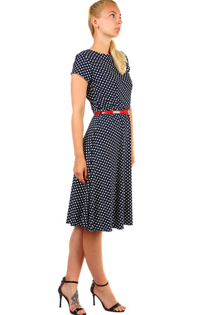 b5dc4d75800 Dámské společenské šaty s puntíky
