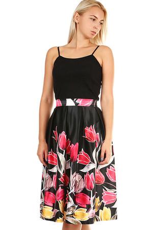e4fdfe4c44a9 Dámská áčková květovaná sukně
