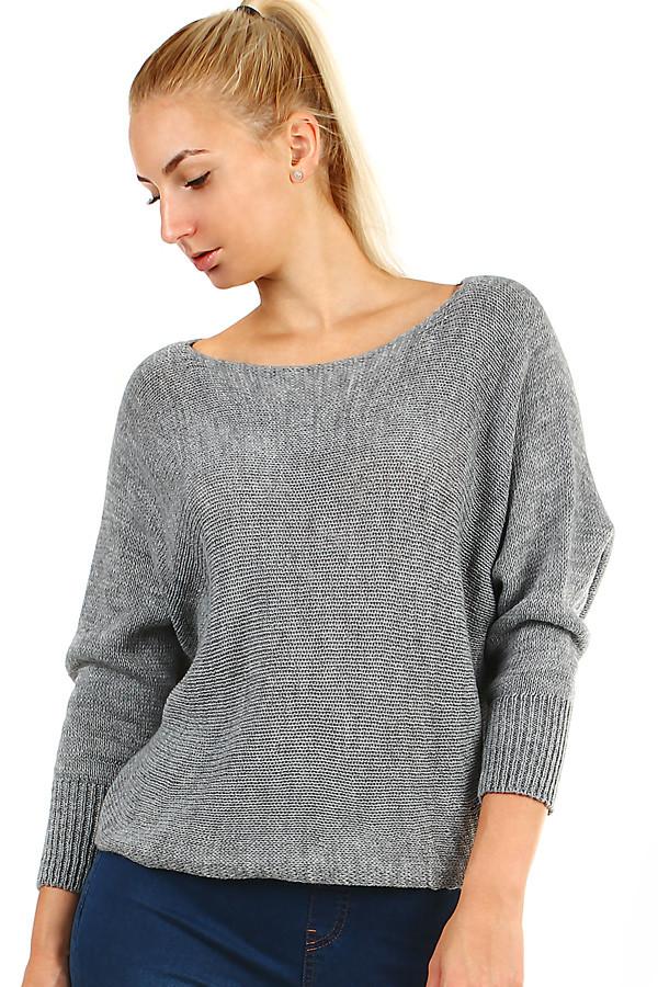 14a78b29f369 Dámský krátký pletený svetr s netopýřími rukávy