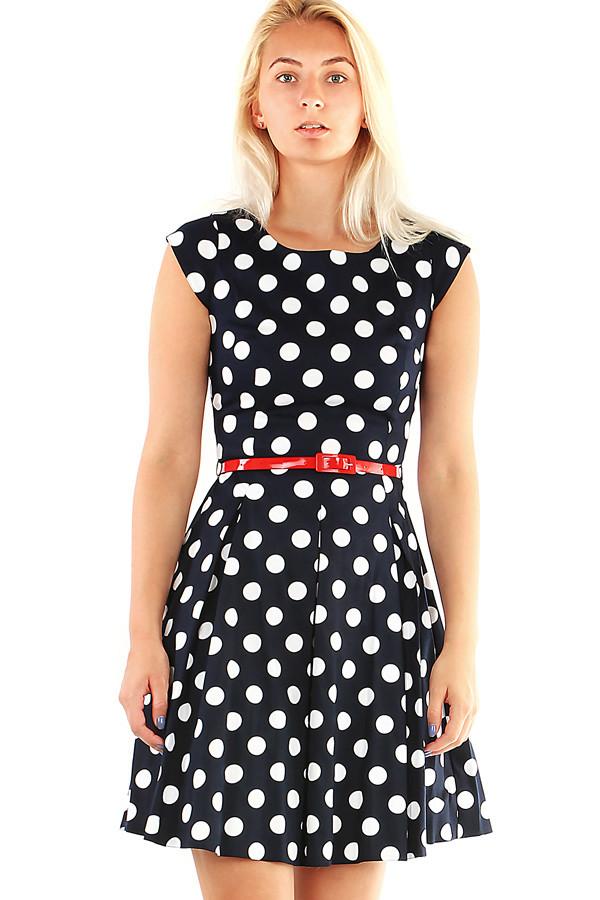 ebf359d3c97 Společenské puntíkované šaty v retro stylu
