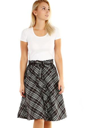 418f664fb50 Černá dámská krátká pouzdrová sukně i pro plnoštíhlé