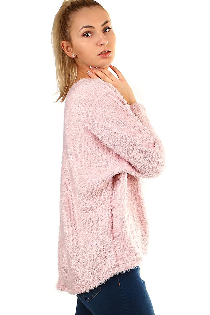 Chlupatý dámský svetr s netopýřími rukávy  68795ecff2