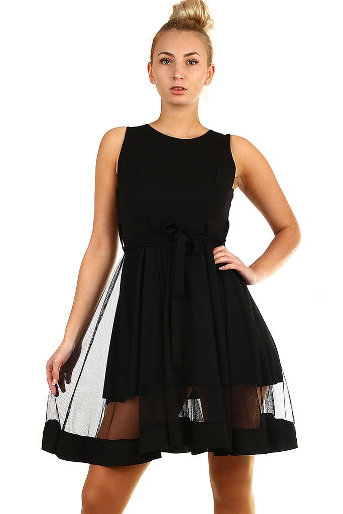 06bf4d681b4a Krátké společenské šaty s tylem