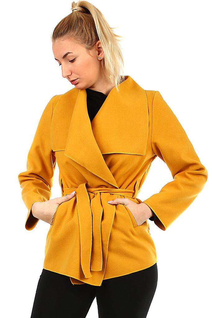 Dámský kabát s páskem  a3710edb83e