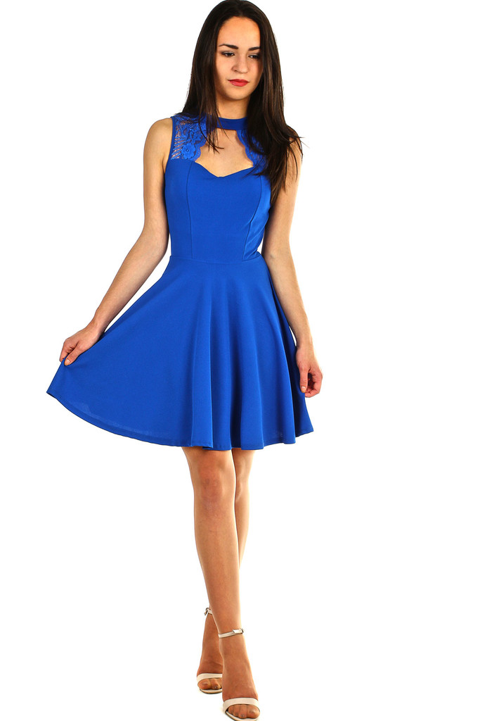 Společenské šaty s krajkou do tanečních  7ece88b745