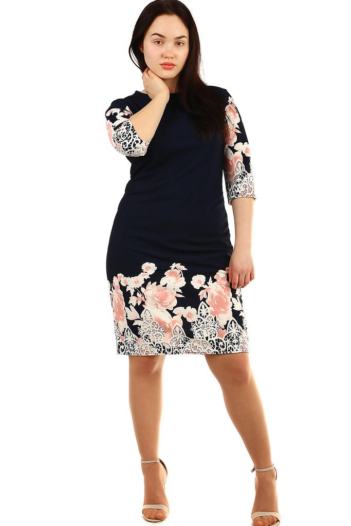 b096a0c20c6a Dámské společenské květinové šaty pro plnoštíhlé