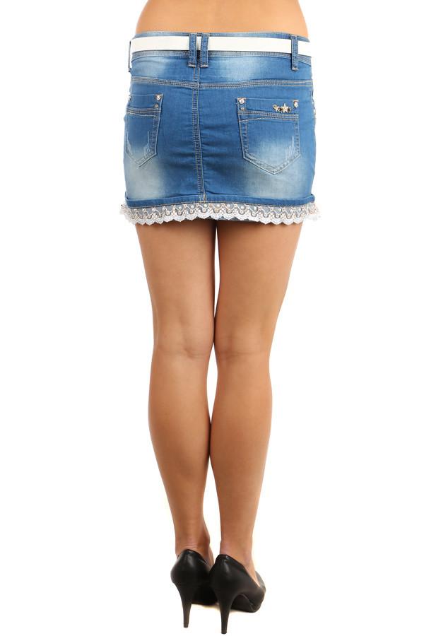 01cfcea92236 Dámská riflová mini sukně lemovaná krajkou