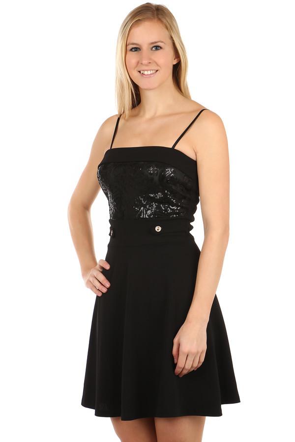 Krátké večerní šaty s flitry do tanečních  8227690a490